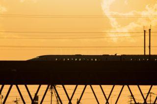 新幹線事故に見る、撮影者のマナーとは